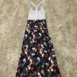 Dresses & Skirts - Women's Small Floral and Stripe Summer Maxi Dress
